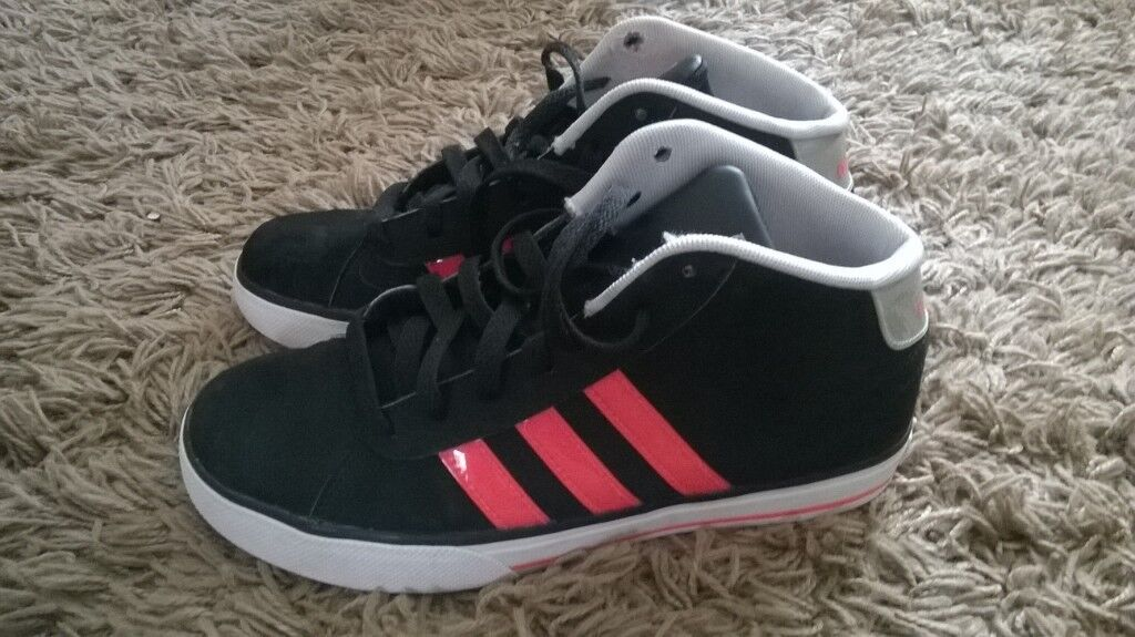 84c48d396c33e Adidas Neo Daily Mid Girls Trainers Size 5