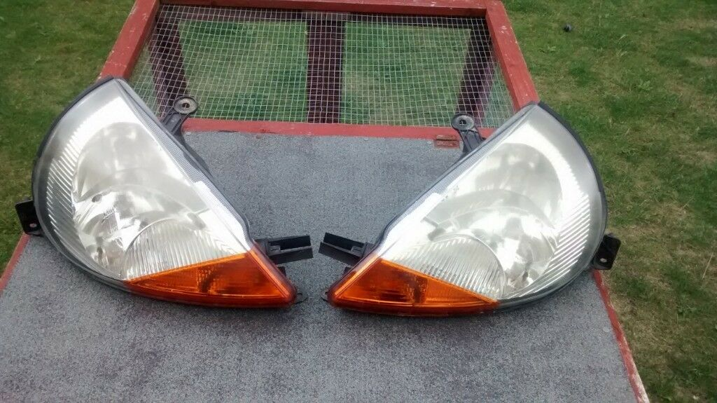 Ford Ka Headlights Pair