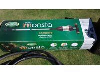 Garden Pond Vacuum Cleaner: BLAGDON POND MONSTA