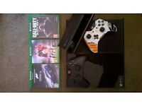 xbox one with 3 games, 2 control pads and kinect.