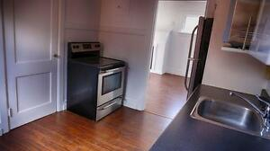 Spacious 1 Bedroom at 64 Weber St. in Kitchener - CALL TODAY! Kitchener / Waterloo Kitchener Area image 6