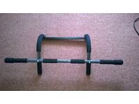 Door gym Upper Body Pull-up Chin-up Fitness Exercise Indoor Workout Sports Bar fits on door frame