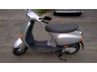 vespa et4 50cc fourstroke auto may px 125cc scooter \ 125cc trailbike