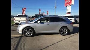 2010 Toyota Venza V6 Low Kms Super Clean and More !!!!! London Ontario image 2