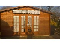 15x18foot log cabin excellent condition