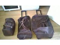 set of 3'kangol luggage bags