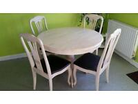 Wooden solid round cream dinning table