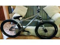 "24/7 dark angel jump bike 24"" wheels / dj bike / park / street / not ns, kona, bmx, dmr,"