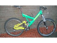cannondale super v full suspension mountain bike.