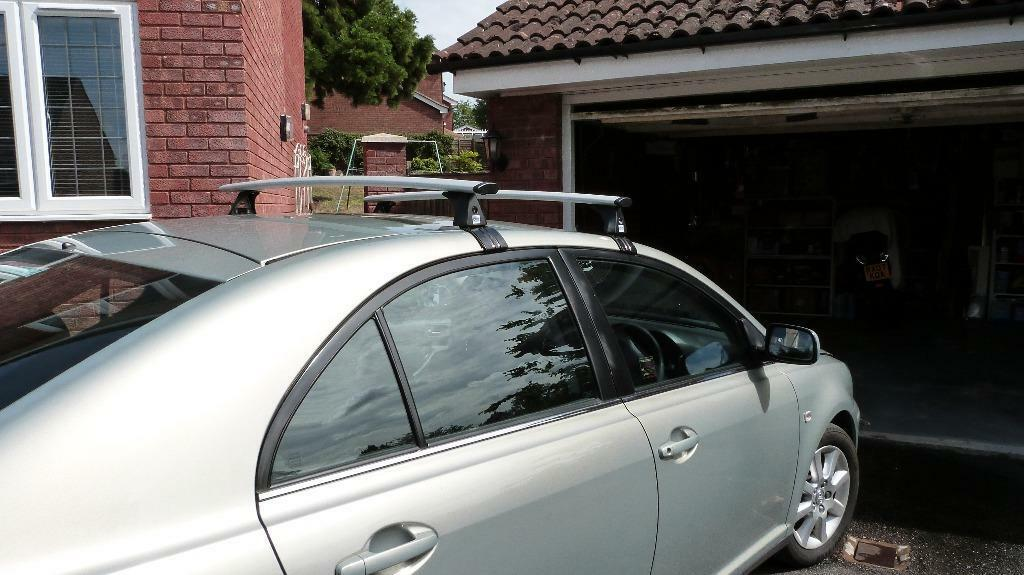Toyota Avensis Five Door 2003 To 2009 Roof Bars Rack