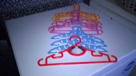 10 childs hangers various colours new10 childs hangers various colours