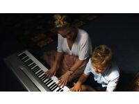 Brighton Piano Lessons Teacher | ALL AGES | FREE FIRST LESSON | New spaces in September