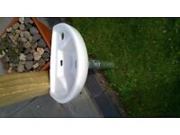 One Tap Hole Cloakroom Basin with clicker waste