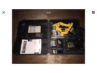 Dewalt jigsaw full working with 2 batterys