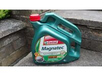 Castrol Magnatec 10W-40 Part Synthetic for petrol & diesel cars 4L