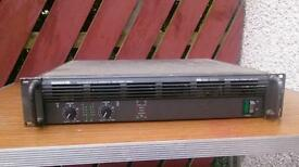 Mackie m-1400 power amp