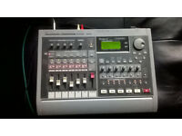 ROLAND VS840 EXPANDED STUDIO RECORDING WORKSTATION !!OFFERS WELCOME!!