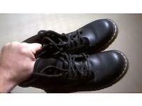 Doctor Marten industrial boots size 9 steel toe cap black like new excellent central London bargain