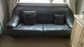 Italian leather grey 2 seater and 3 seater settees