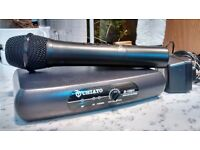 Chiayo Q-1001 wireless microphone and receiver