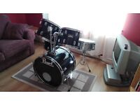 PEARL FORUM SERIES DRUM KIT FOR SALE - GOOD CONDITION