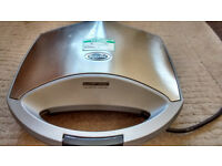 Breville Sandwich toaster with removable plates £5.00