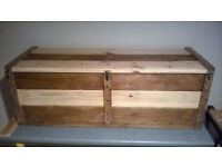 Hand crafted solid timber waxed wooden blanket box/ottoman/storage trunk/chest/kist/window seat