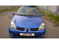 Renult Clio cup 172, lowered, loud exhaust and engine detailing