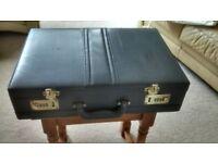 Combination briefcase.