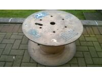 wooden cable drum - approx. 27.5 x 15 inch ideal for restoration to rustic coffee table Collect only