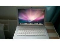 Apple Mac Laptop for sale good condition.