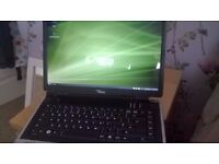 Fujitsu Siemens Amillo Pi 2515 laptop