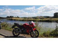 Honda cbr 125 2004 Red learner bike