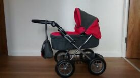 Excellent condition silver cross doll's pram