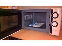 Barely used , brand NEW Proline KM19w Microwave for Sale