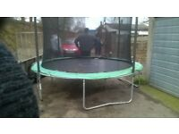 15ft TRAMPOLINE, EXCELLENT CONDITION