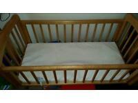 Rocking crib cot