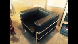 Bauhaus mixes can Dee robe cube chair