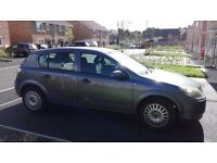 05 reg Vauxhall astra 1.8 life new shape automatic very rare 12 months mot service history 2 owners