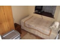 INCLUSIVE OF ALL BILLS - SINGLE ROOM AVAILABLE IN WINCHMORE HILL, N21 - SORRY NO DSS