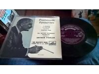 """Classical etc 7"""" vinyl records..x 10.all very playable and collectable.."""