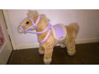 Strawberry Stable Sit-On Horse / Pony