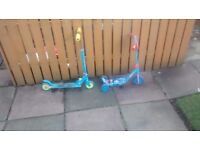 2 kids scooters