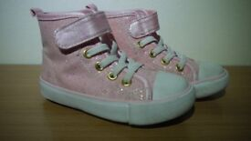 Girls Pink Trainer Boots