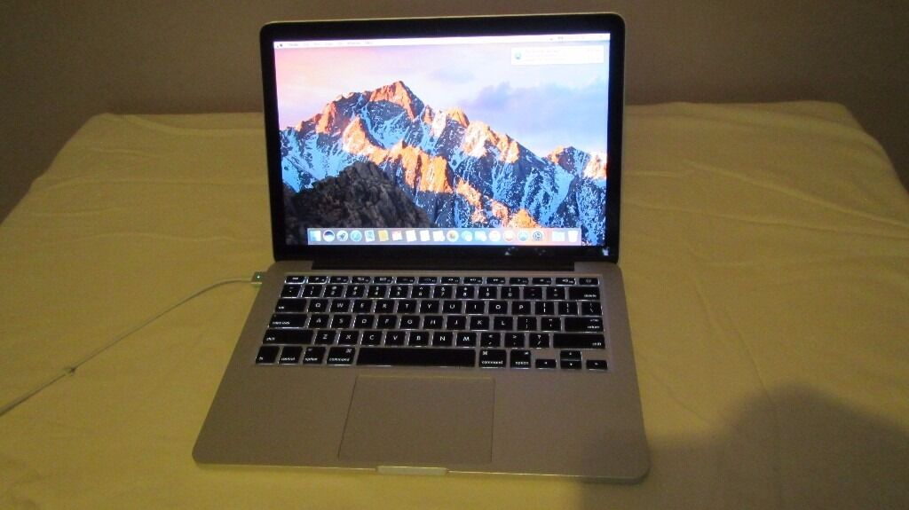 "Macbook Pro, 13"" Retina screen, 8GB, 512SSD,I5 2.6GHz, magsafe charger, running OSX Sierra"