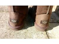 Tall boots size 4