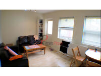 *** Stunning two bedroom grnd floor with private garden in SW18 for only £1400 ***