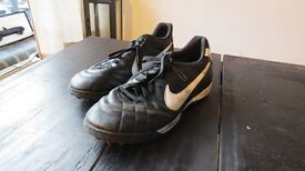 Nike Indoors Football Shoes - size 11 UK/45 EUR - very good condition