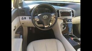 2010 Toyota Venza V6 Low Kms Super Clean and More !!!!! London Ontario image 13