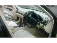 E Class Mercedes Diesel 2.1 Black & Cream for £1900.00 Only ONO